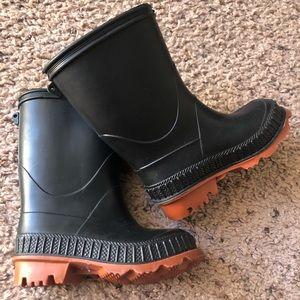 Toddler size 5 rain boots
